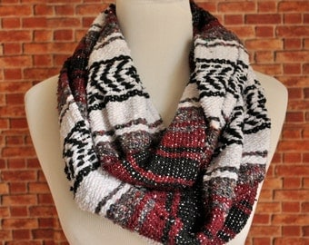 Mexican Blanket infinity scarf, traditional design. Scarf in a loop made of sarape Mexican blanket.