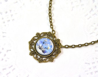 Forget-me-not Necklace with real flowers-  25mm- Real pressed Flowers in Epoxy Resin - Great gift - Pendant Handmade