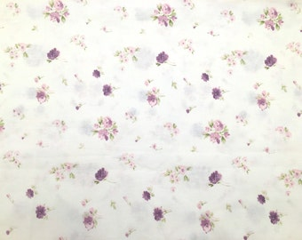 Scrap lilac floreal patterned fabric