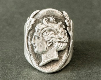 "Signet Artemis / Greek corner ""Hooligan"" (silver ring / God Greek)"