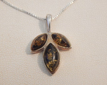 Vintage Sterling Silver & Green Amber Pendant and Necklace