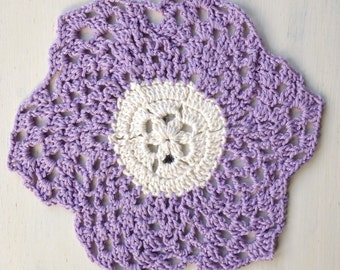 """Hand Made Lilac And Cream """"Pineapple"""" Doily"""