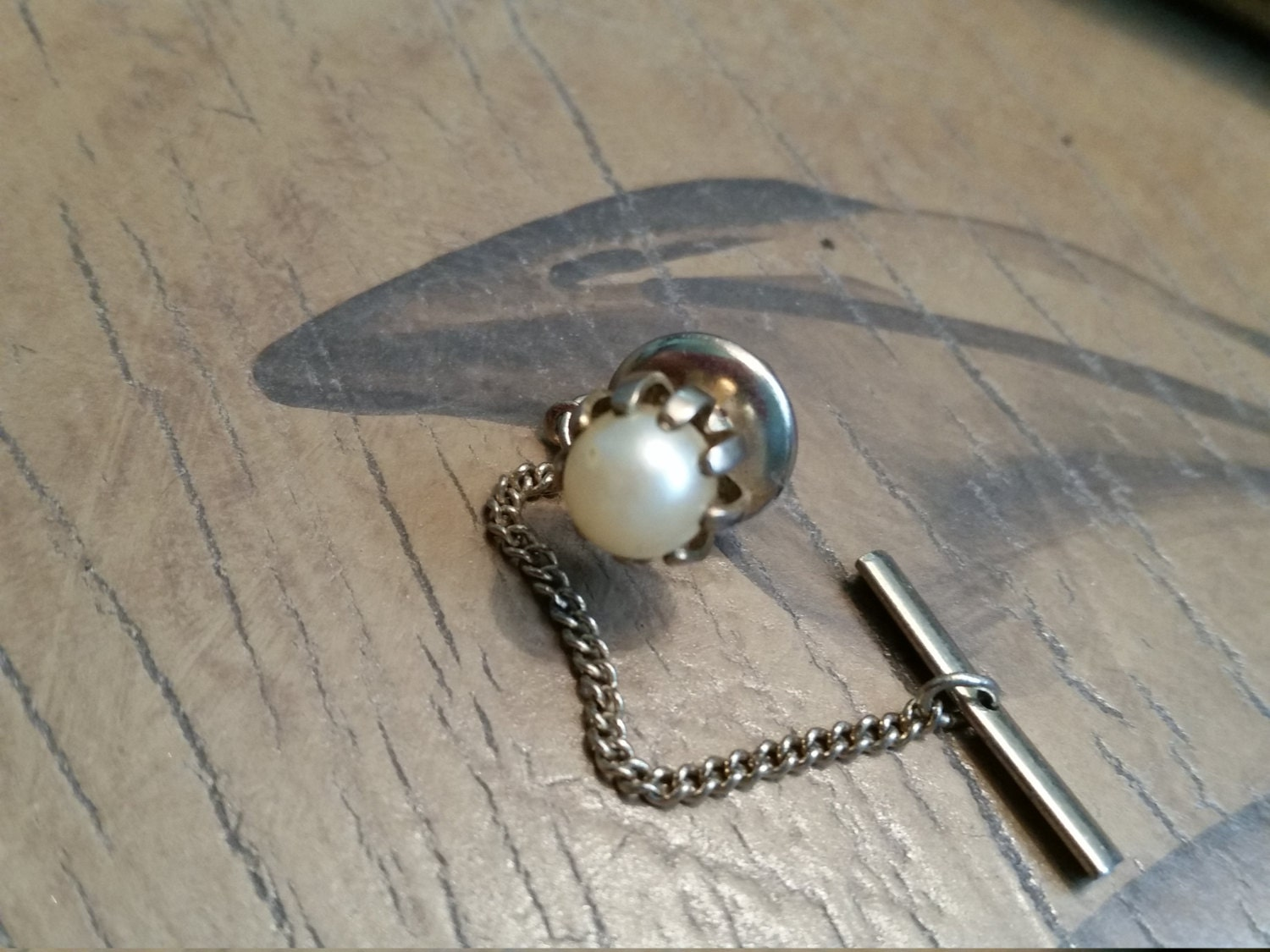 single women over 50 in pearl What pearl necklace size is right for her price and gives them the best chance to appreciate in value over what size is right for her american pearl vs.