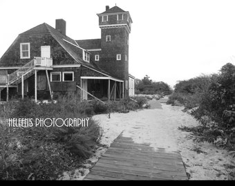 Abandon Lighthouse Photo
