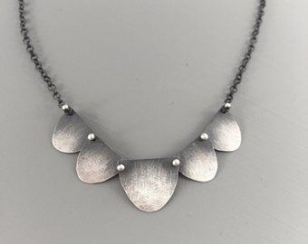 Five Disc Scalloped silver necklace