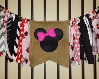 Highchair birthday banner - Minnie Mouse.