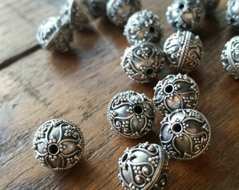 5 Intricate hand made antique silver Bali beads 10mm. 925 sterling  silver #1903