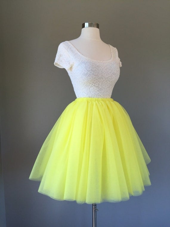 innovative yellow tulle skirt outfit 13