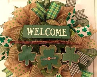 St. Patricks Day wreath, Four leaf clovers, burlap wreath, welcome wreath, lucky, shamrock wreath
