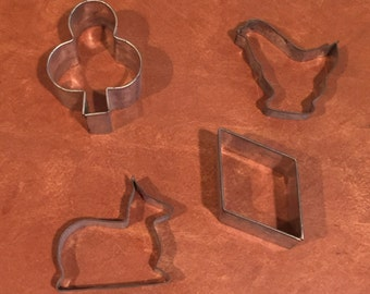 Lot of 4 Vintage Tin Cookie Cutters Chicken Deer Shamrock Diamond
