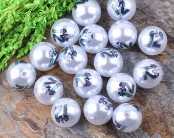 Hawks 12 20mm acrylic pearls