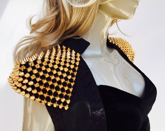 Spikes Shoulder Armor Epaulets - Set of Two. Burning man accessory, steampunk pauldron, Halloween accessory Rock Star
