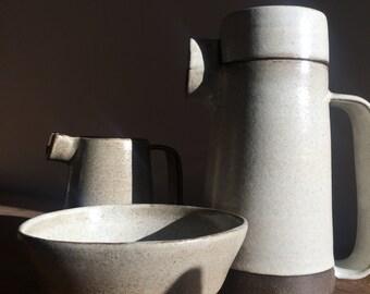 Tea, coffee or chocolate pot - large