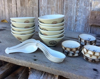 29 pieces of Japanese dinnerware