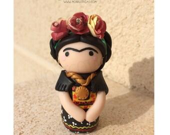 Frida Kahlo (inspired) / Frida Kahlo Figures Size M