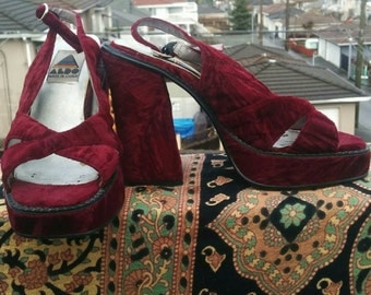 Velvet Platform heels 90's