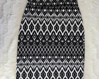 Tribal Print Knit Pencil Skirt small
