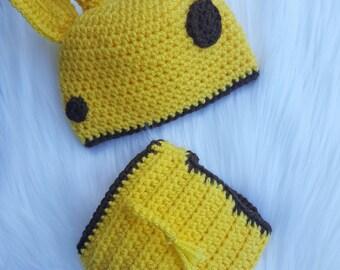 Newborn giraffe outfit, newborn photo prop, giraffe hat and diaper cover
