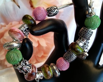 PINK AND GREEN Bracelet, Beaded Bracelet, Pandora Style Bracelet, European Style Bracelet, Women's Jewelry, Mother's Jewlery, Jewelry