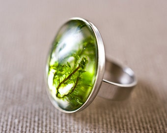 Real green moss resin ring