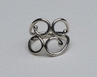 Breaker Curls Ring