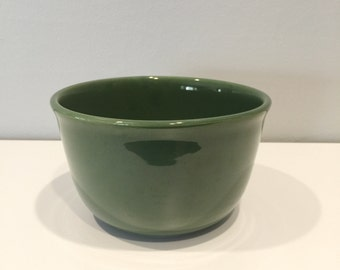 vintage green ceramic mixing bowl by Bauer #18