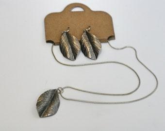 Silver leaf necklace & earring set