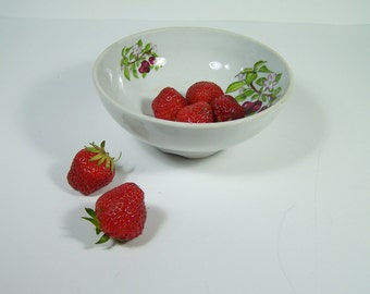 Porcelain fruits drainer fruits colander cherry pattern vintage  Made in France