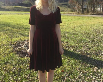 FINAL SALE Vintage Maroon Velvet Dress Size Medium Hillard and Hanson