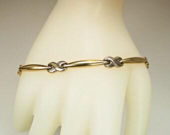 """Vintage Designer AURAFIN 14K Yellow White Gold Link Bracelet """"Hugs and Kisses"""" Design  7"""" Length c1980s Retro"""