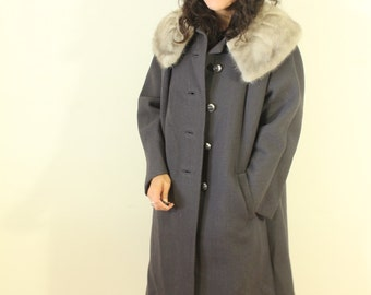 Grey Coat with Fur Color 1950s Stevens Foresman Fabric