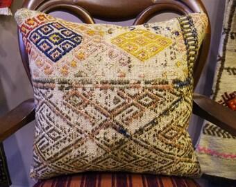 Turkish kilim rug, turkish rug, Cushion,Rug, kilim rug, Old rug, Throw pillow for couch, Kilim Pillow, Western Cushion, kilim runner, 5
