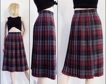 Vintage grey red plaid skirt red grey black tartan pleated skirt kilt uk14 french42 medium