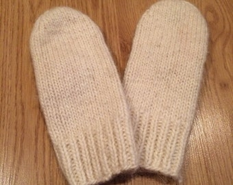 Hand knitted mittens Icelandic Sheep wool S wrist , very warm and beautiful !