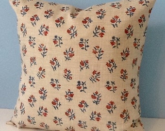 Colonial Wiliamsburg Foundation Reproduction fabric throw pillow cover. Red, blue, tan. Colonial America, country, farmhouse decor. 18x18