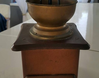 Sale - 30% off - Big Vintage pepper mill - wooden pepper mill - grinder mill
