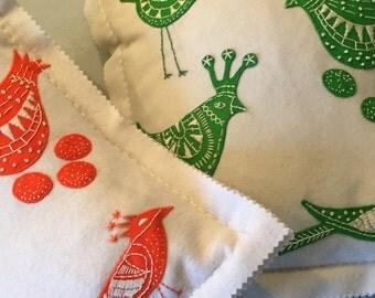 EMBROIDERY APPLIQUE KIT Scandinavian style birdie felt cushion kit in pure wool.