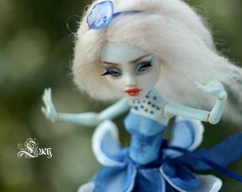 Lucy - OOAK Monster high Repaint Art Doll