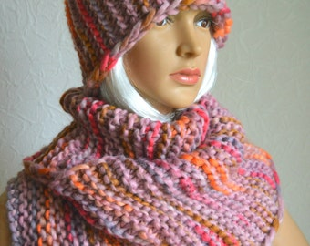 Hand knitted chunky women's scarf and hat