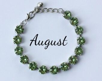 August Birthstone Bracelet - 8mm Peridot Green Swarovski Crystal Bracelet