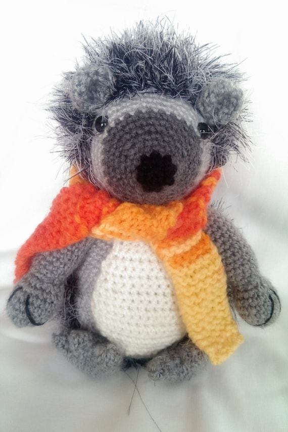 amigurumi hedgehog,crochet hedgehog,handmade hedgehog,soft toys,plushies