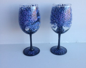 Wine Glasses, Painted Wine Glasses, Hand Painted Glassware, Gift for Her, Wine Glass, Stemware,  Barware, Wine Lover, Housewarming Gift