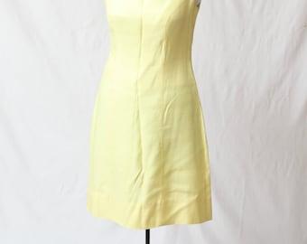 Women's Vintage 1960's Slubby Silk Canvas Pastel Yellow Bow Back Embellished Sun Dress Size S