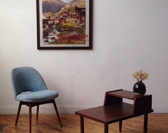 Pair of Mid Century Modern Walnut End Tables