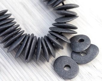 10 Pcs Cornflake Beads, Cornflake Chips, Earthy Jewelry Supplies, Black and Silver Metallography, Mykonos Greek Ceramic, 16x13mm, MK173