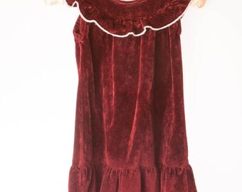 Dark Red Velour Pinafore dress with white trim, burgundy dress, childs, girls, Vintage pre-loved, length 49 cm / 19 inch