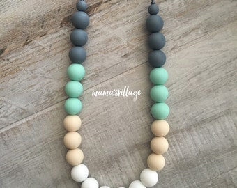 Silicone Teething Necklace / Silicone Nursing Necklace - Sasha
