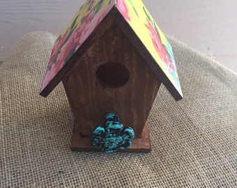 Vintage floral woodstain birdhouse