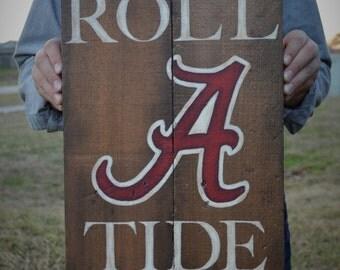 University of Alabama-Crimson Tide-Pallet Board-Roll Tide-Pallet Wall Art-Rustic Barnwood Decor-Man Cave-Shabby-Reclaimed Wood-Hand Painted