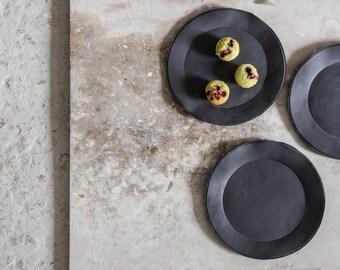 Black Plates, Salad Plate,Dessert Plate, Handmade porcelaine Plate, Decorative Plates, Modern Look, Housewarming Gift